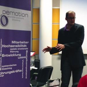 Ronald Lengyel bei einem Resilienz Vortrag